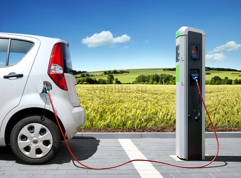 В ПДД появится новый термин «электромобиль»