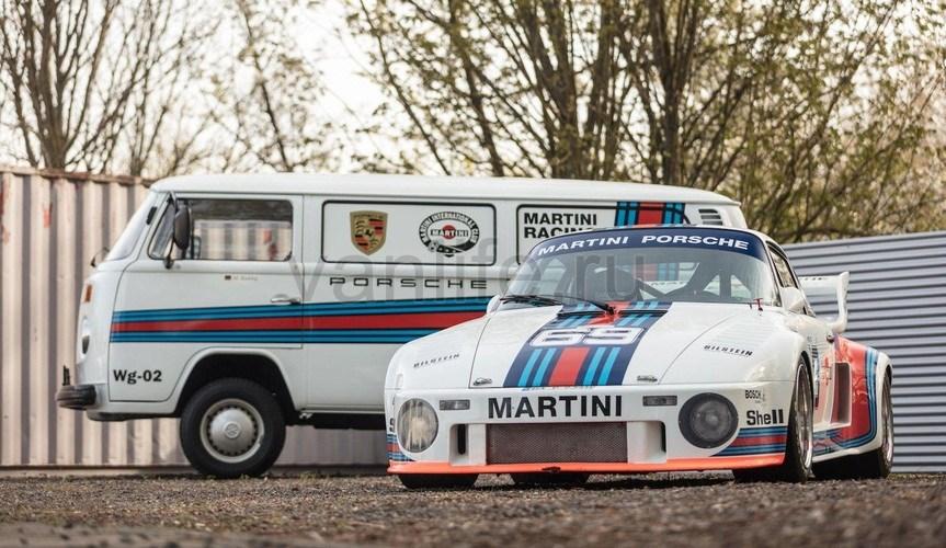 На аукционе Bonhams Spa Classic с молотка сойдёт Porsche 935 в паре с Volkswagen T2