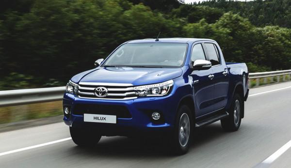 Пикапы Toyota Hilux попали под отзыв в России