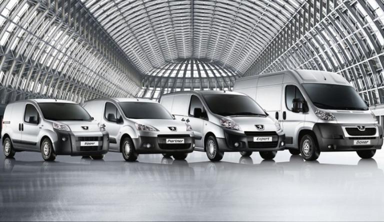 Дилерский центр «Аларм Моторс» в Петербурге отказался от автомобилей «Peugeot»