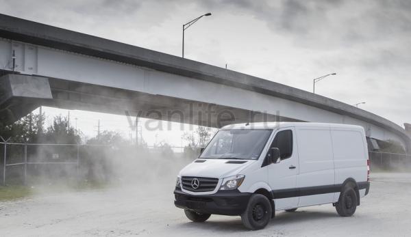 Компания Mercedes-Benz может выпустить электрический Sprinter к 2018 году