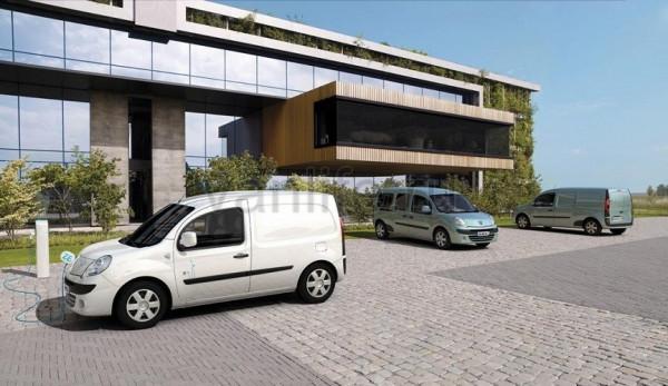 Автомобили Renault Twizy и Kangoo Z.E. теперь доступны и для частных российских заказчиков