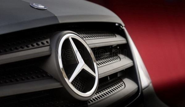 Mercedes-Benz стал лидером продаж LCV в России среди иномарок