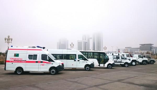 «Группа ГАЗ» представляет линейку автомобилей и спецтехники на выставке «Нефть и газ Туркменистана 2016»