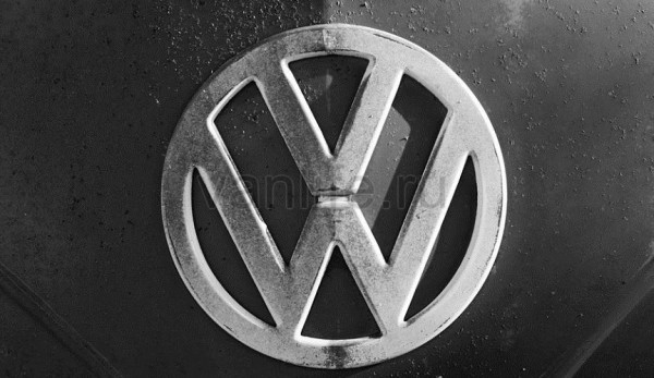 Volkswagen T1 получил мотор от скоростного катера