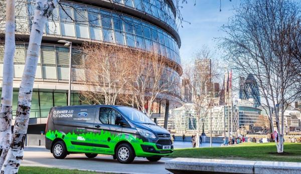 Двадцать тестовых гибридных автомобилей Ford Transit будут запущены в Великобритании этой осенью