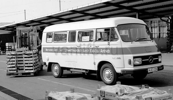 Первый электромобиль появился 45 лет назад