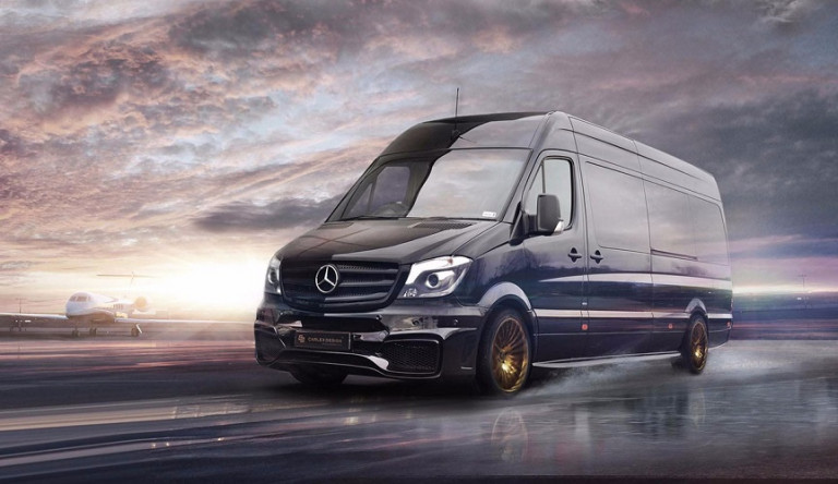 Золотой офис на колёсах на базе Mercedes Sprinter от компании Carlex