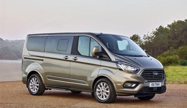 Новый микроавтобус Ford Tourneo Custom